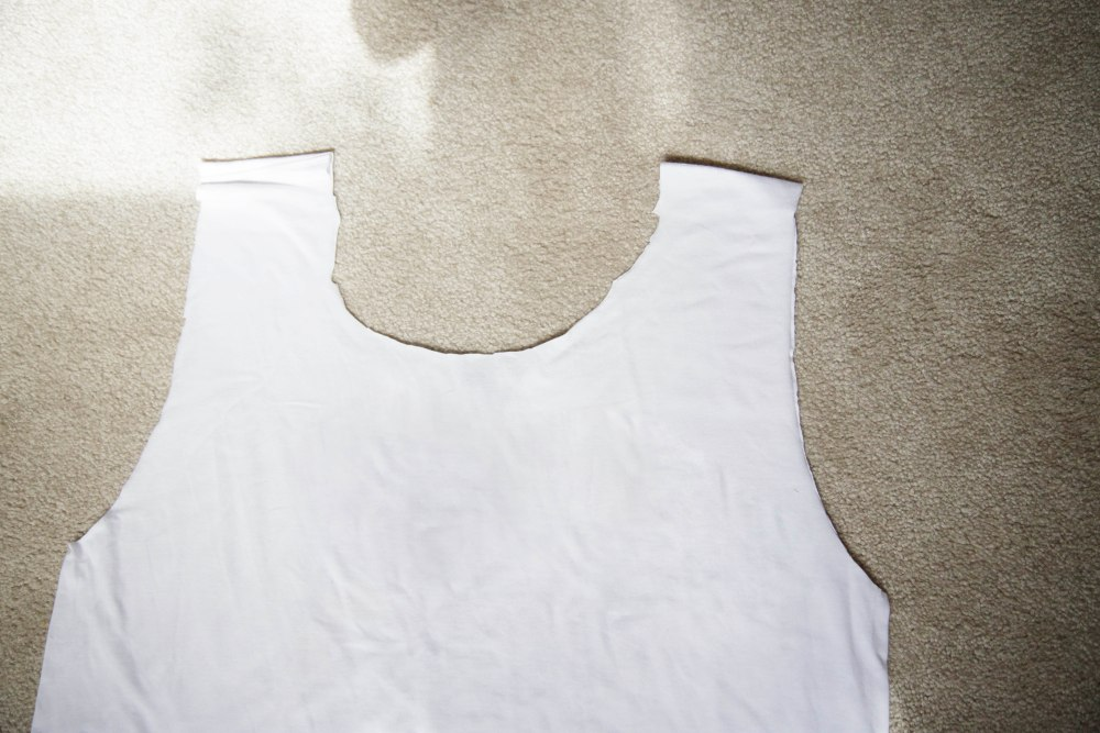 DIY: T-shirt to tote (4/6)